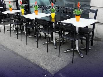 photo 2 - Vente - Restaurant - Saint-Gilles (30800) 112 000 €