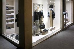 Vente - Accessoires - Arts de la table - Bijouterie - Carterie - Chaussures - Cordonnerie - Ain (01)