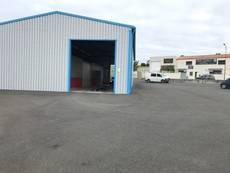 Vente Entrepôt / Local d'activités - Charente-Maritime (17)